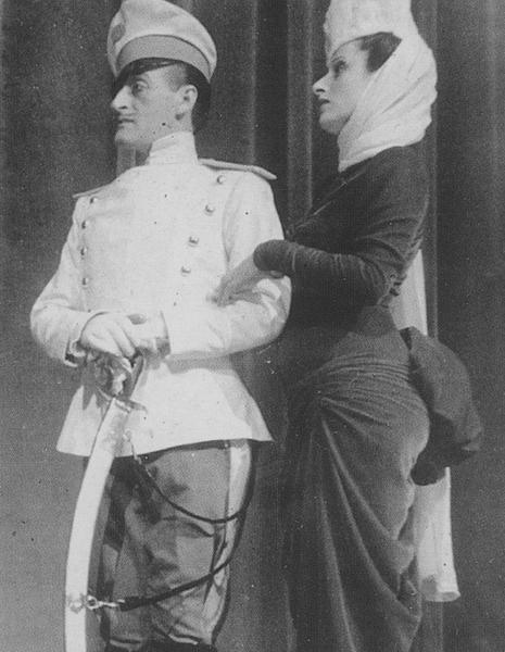 Totò e Anna Magnani nel quadro di Anna Karenina di Volumineide